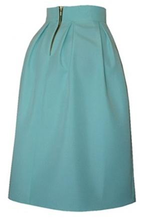 5c1680cf06d6 Vďaka tomu že je sukňa jednofarebná bez aplikácii a vzorov ľahko ju zladíte  k iným kúskom oblečenia a doplnkom. Bez problémov tak vytvoríte množstvo ...