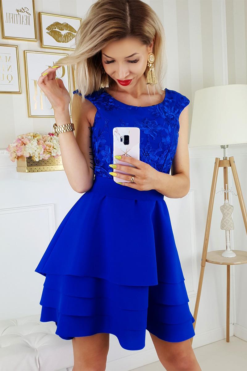 3c6d9d55c1 Tieto krátke spoločenské šaty z vás urobia dokonalú družičku ...